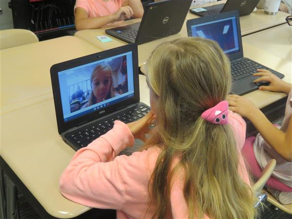 Teachers, Students utilize Screencastify in the classrooms
